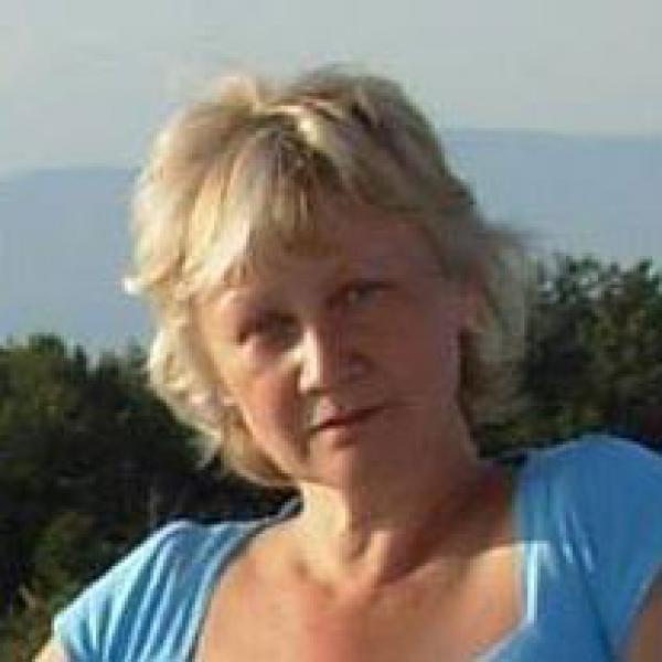 Zobkiv Larysa